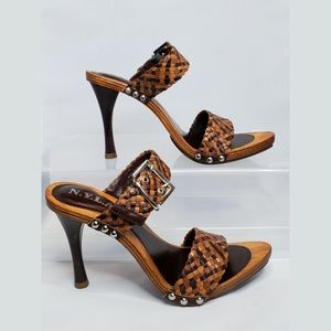 N.Y.L.A. Azura Wooden Heel Sandal